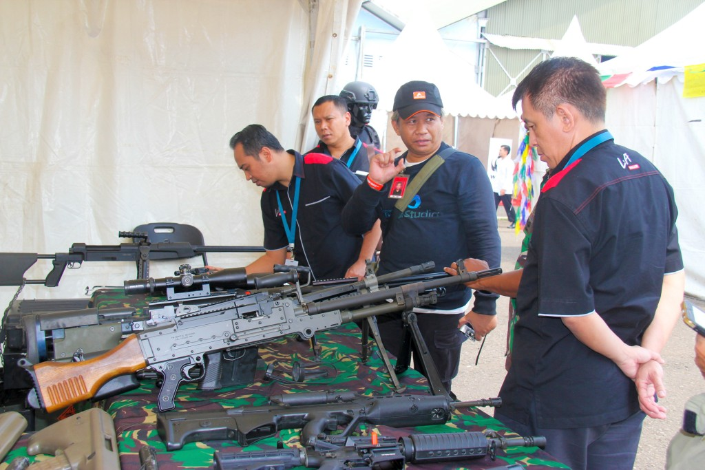 Pameran Perlengkapan Militer